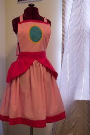 i made this princess peach apron as a wedding gift princess