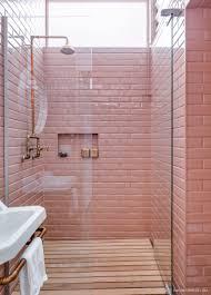 Vintage Retro Bathroom Decor by Subway Tiles Os Famosos Azulejos De Metrô Pink Tiles