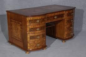 Schreibtisch Nussbaum Antiker Sekretäre Schreibtisch Barocksekretäre Biedermeiersekretär