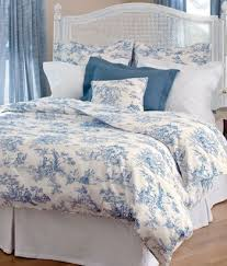 139 best toile images on pinterest toile canvas and blue and white