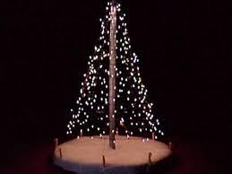 how to hang lights on a christmas tree diy outdoor christmas tree how to hang christmas lights diy varuna