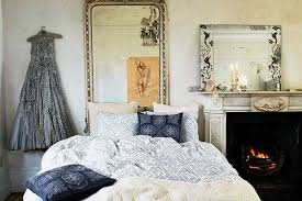 vintage bedroom decor 20 charming bedroom decorating ideas in vintage style