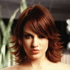 flip hairstyles for long face shape flipped out layered bob pinteres