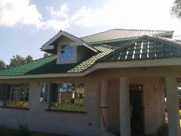 wall color to match roof