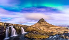 when are the northern lights visible in iceland the aurora borealis the aurora australis black tomato