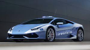 lamborghini supercar italian police get a lamborghini huracan lp 610 4 supercar