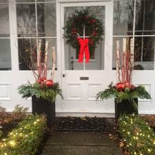 christmas decor turning leaf landscapes burlington hamilton