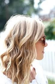 how to get loose curls medium length layers messy curls wedding hair and beauty pinterest messy curls