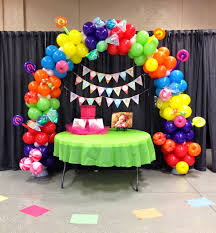 Table Top Balloon Centerpieces by Party People Event Decorating Company Candyland Balloon Arch