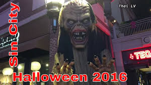 party city halloween costumes las vegas sin city halloween las vegas strip 2016 youtube