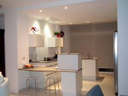 cuisine d appartement rénovation de cuisine d appartement coin repas adapté pour