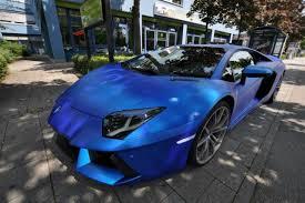 blue chrome lamborghini lamborghini 0 divers aventador chrome blauw afbeeldingen autoblog nl