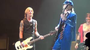 Chair Rock Angus Guns N U0027 Roses Angus Young Guest Appearance Coachella 2016 Youtube