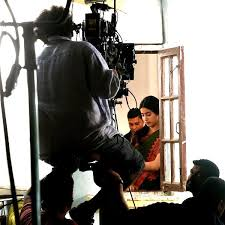 curriculum vitae format journalist shooting images of bahubali more power to janhvi kapoor as she resumes shooting for dhadak