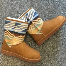 womens ugg pendleton boots 62 ugg shoes ugg pendleton boots from s
