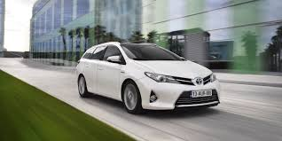 toyota auris toyota auris touring sports review carwow