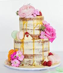 designing and delivering cakes on the sunshine coast cakes