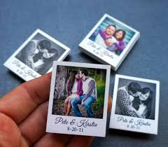 awesome wedding favors 150 creative wedding favors custom mini polaroid magnets with