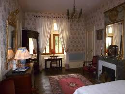 chambre de chateau chambre clémentine chateau de vaulx en auvergne chambres d hotes