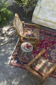Large Patio Rugs by Don U0027t Miss These Innovative And Affordable Patio Ideas On A Budget