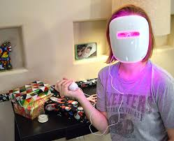 does neutrogena light therapy acne mask work clearer skin with neutrogena light therapy dream a little bigger
