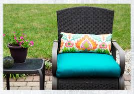 Lumbar Patio Pillows How To Make A Lumbar Pillow With Piping Do It Yourself Advice Blog