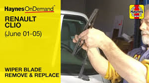 how to change the wiper blades on a renault clio y to 55 reg june