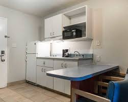 kitchen collection tanger outlet suburban extended stay hilton head 2017 room prices deals