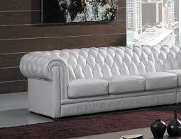 canapé chesterfield cuir blanc deco in grand canape d angle capitonne blanc chesterfield