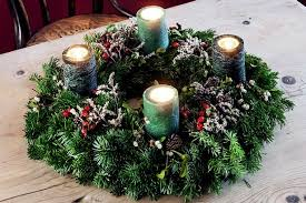 Make Your Own Christmas Decoration - how to make your own christmas table decoration mirror online