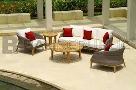 SANUR Round Outdoor Side Table - Round outdoor sofa 2