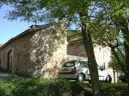 quiet house with courtyard in a hamlet 3 km from rome