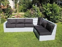 sofa selbst bauen moderne häuser mit gemütlicher innenarchitektur kühles schönes