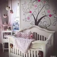 arbre déco chambre bébé déco la peinture décoration