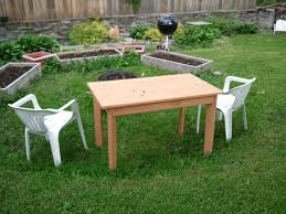 small picnic table interiors design