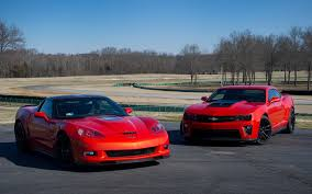 camaro zl1 vs corvette chevrolet camaro zl1 and chevrolet corvette zr1 the consonant