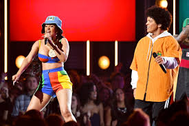 Bruno Mars Cardi B Offers Kidney To Bruno Mars Page Six