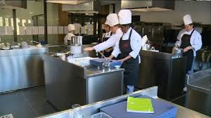 commis de cuisine emploi 8 semaines pour devenir commis de cuisine 3 provence