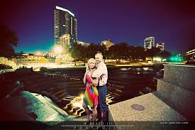 fort worth photographers engagement photos at fort worth river debbie kyle