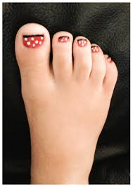 minnie mouse nails toes paint nail red dry completely