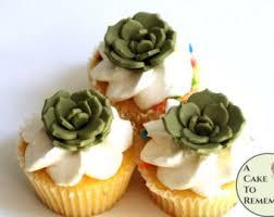 large gumpaste flower for wedding cakes edible flower