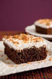chocolate butterfinger cake super easy but impressive cake mix