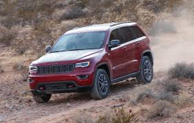 jeep grand cherokee trailhawk off road grand cherokee trailhawk confirmed for australia goauto