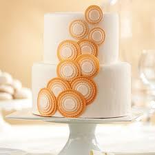 circle cascade fondant cake wilton