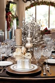 holiday table decorations christmas christmas tablescapes the everyday hostess