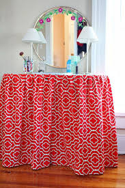 How To Make A Table Skirt by 17 Best Kidney Table Images On Pinterest Dressing Table Vanity