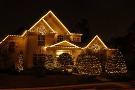 Outside Landscape Lighting - outdoor holiday light installation in dc