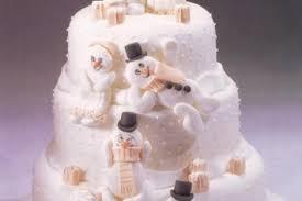 christmas wedding cakes 23 inspirational christmas wedding cake ideas diy weddings magazine