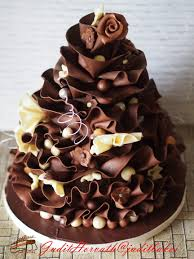 posh cakes a posh dress for a simple cake reasons to chocolate when