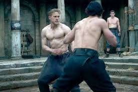 guy ritchie wasn u0027t convinced charlie hunnam could bulk up for king